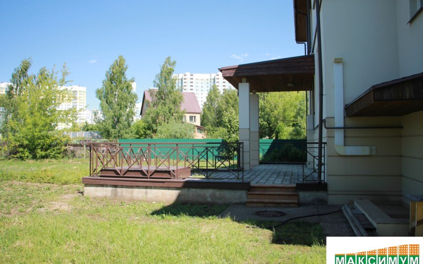 Коттедж 520 кв.м. в городе Домодедово. д. Редькино